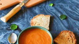La soupe à la tomate qui réveille l'hiver