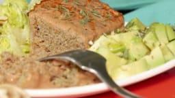 Pain alcalin de légumes et viande à la sauce sésame