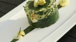 Gâteau alcalin d'œufs et légumes en mousseline