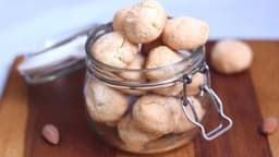 Amarettis moelleux