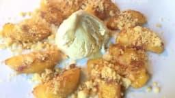 Pêches épicées poêlées au miel