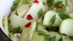 Salade de concombre indonésienne