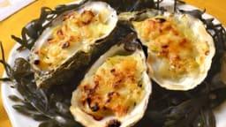 Huîtres chaudes gratinées à la fondue de poireau