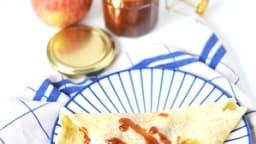 Crêpes Bretonnes, pomme et caramel beurre salé