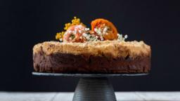 Gâteau crumble au chocolat et aux fruits