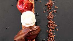 Figues au Porto / ganache Guanaja & sablé cacao