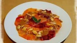 Salade d'orange sanguine au coulis de speculoos