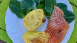 Pomme de terre farcie et saumon fumé