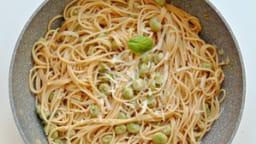 Spaghetti aux fèves et anchois