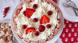 Charlotte aux fraises et framboises facile