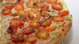 Tarte au thon et tomates cerises
