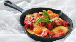 Courgette à la tomate