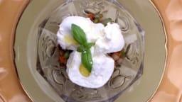 Salade de légumes croquants à la burrata