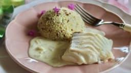 Dos de cabillaud au court-bouillon et sauce beurre blanc