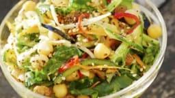 Légumes marinés aux agrumes, pois chiches, épices et graines torréfiées