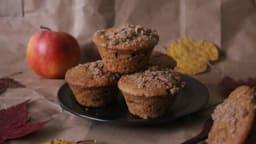 Muffins à la pomme, aux épices et streusel