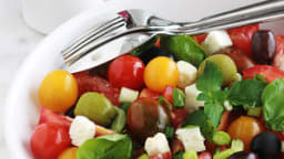 Salade de tomates, basilic et feta