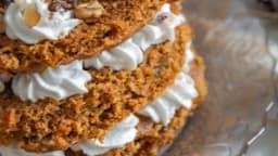 Carrot layer cake aux noix et raisins secs