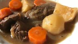 Carbonade de boeuf à la bière, carottes et navets boule d'or