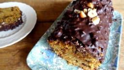 Cake aux noisettes et chocolat