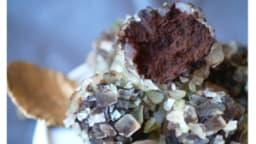 Truffes chocolat noir, citron noir et cédrat confit