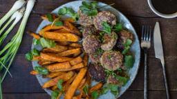 Fleischkiechle  de canard Teriaky et frites de patates douces