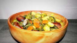 Potée aux petits choux-haricots-carottes et saucisses