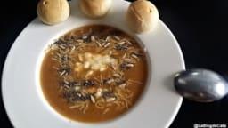 Crème de butternut avec poêlée des graines, ail et gingembre