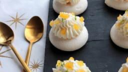 Mini-pavlovas à l'ananas et au gingembre