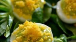 Oeufs mimosa au vert de poireaux
