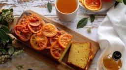 Gâteau à l'orange, huile d'olive et safran