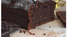 Cake moelleux au chocolat noir