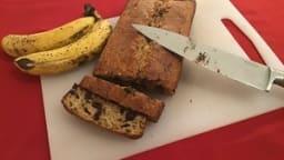 Banana bread à la noix de coco et aux pépites de chocolat