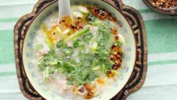 Porridge de riz aux boulettes de porc comme au Laos