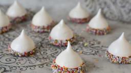 Meringues chocolat et sprinkles