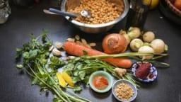 Pois chiches braisés aux légumes