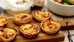 Quiches apéritives au camembert et bacon