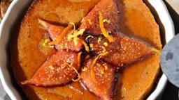 Moelleux de butternut à la noix et aux figues fraîches poêlées