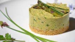 Cheesecake végétal aux asperges et à la ciboulette