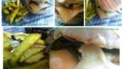 Barbecue-burger aux courgettes grillées et curry, frites maison aux herbes de Provence