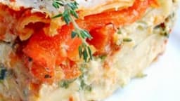Lasagnes basques à la piperade, jambon de Bayonne et fromage de brebis