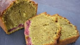 Cake thé matcha et framboises