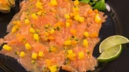 Carpaccio de saumon aux fruits exotiques