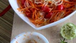 Som Tam, salade thaïlandaise épicée à la papaye verte