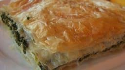 Spanakopita - borek, feuilleté aux épinards et feta