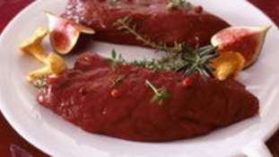 Filet de biche sauce poivrade
