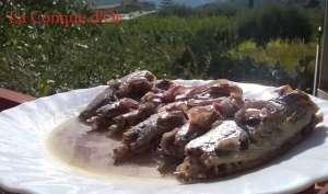 Sars, sauce au vin et oignons rouges