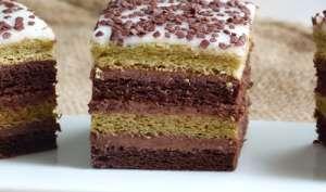 Gâteau Napolitain au thé matcha et chocolat