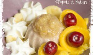 Coupe glace banane maison au confit de rhubarbe et à la mangue