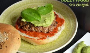 Bollywood burger, agneau et avocat